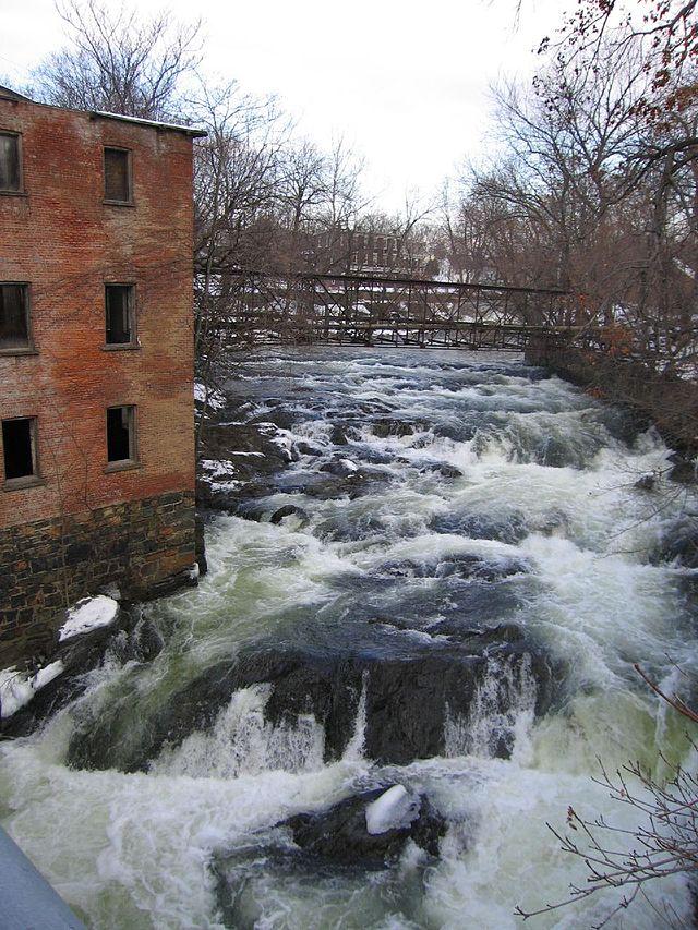 640px-Fishkill_Creek_@_Beacon